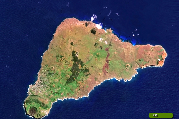 Easter Island - Natural colour